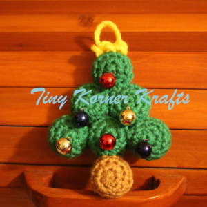 Christmas Tree Ornament in Green